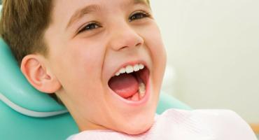 dalla-sido-i-consigli-per-curare-ligiene-dei-denti-da-latte