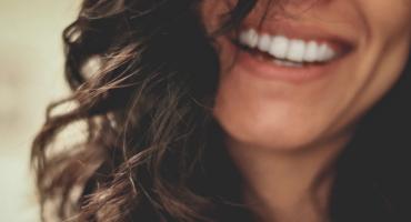 ortodonzia-linguale-la-soluzione-invisibile-per-un-sorriso-perfetto