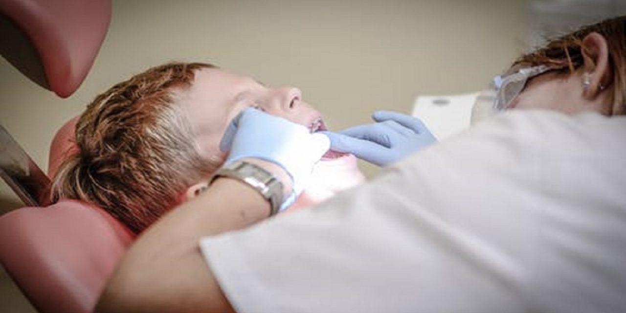 https://www.sorridibene.it/wp-content/uploads/2020/11/dentist-pain-borowac-cure-52527-1280x640.jpeg
